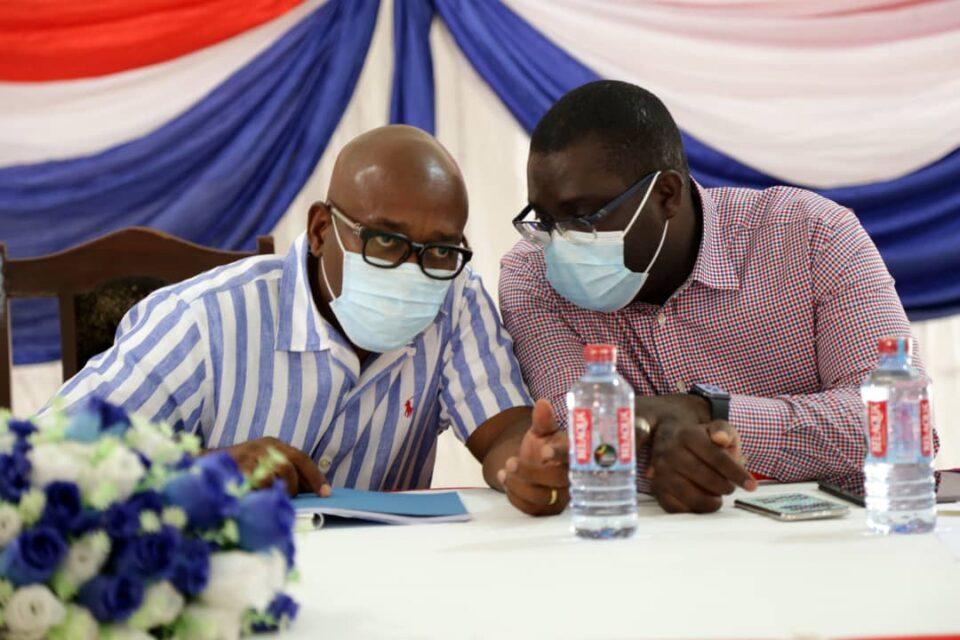 Mr. Woanya and Sammi Awuku in a tête-à-tête